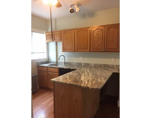 Additional photo for property listing at 8 Yukon  Watertown, Massachusetts 02472 Estados Unidos