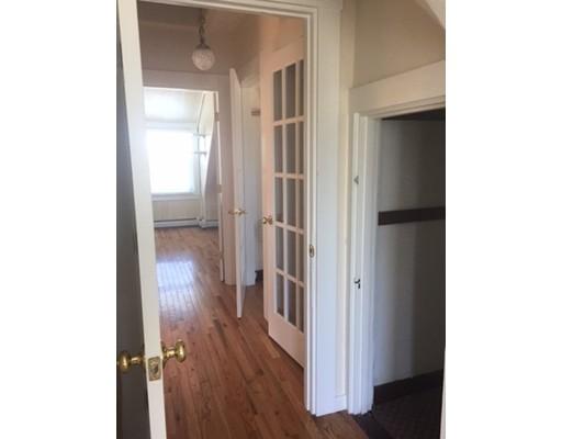 独户住宅 为 出租 在 20 Mansfield Street 波士顿, 马萨诸塞州 02134 美国