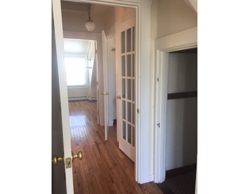 Additional photo for property listing at 20 Mansfield Street  波士顿, 马萨诸塞州 02134 美国