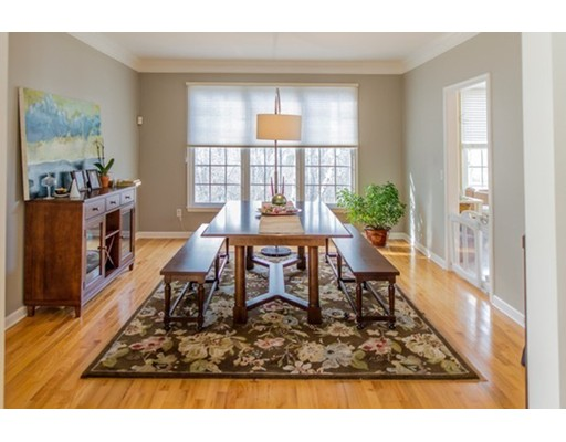 111 Willow Brook Dr 111, Wayland, MA 01778