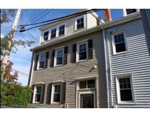独户住宅 为 出租 在 2 Hill Street 波士顿, 马萨诸塞州 02129 美国
