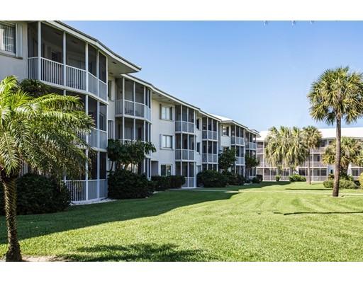 Appartement en copropriété pour l Vente à 2730 Banyan Road Boca Raton, Florida 33432 États-Unis