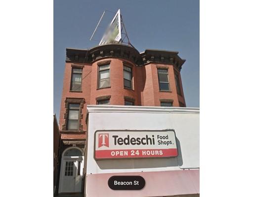 独户住宅 为 出租 在 1914 Beacon Street 波士顿, 马萨诸塞州 02135 美国