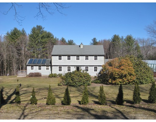 独户住宅 为 销售 在 149 Cave Hill Road Leverett, 马萨诸塞州 01054 美国