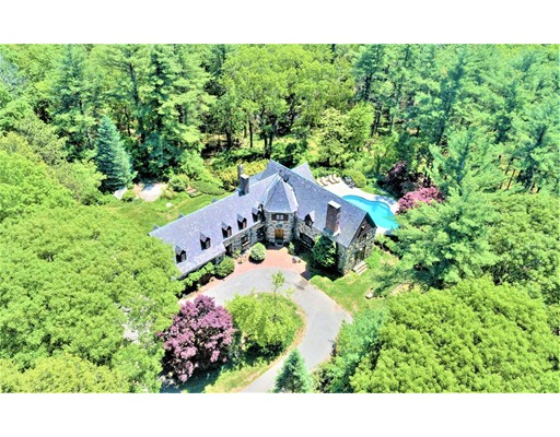 2 Hartford St, Medfield, MA 02052