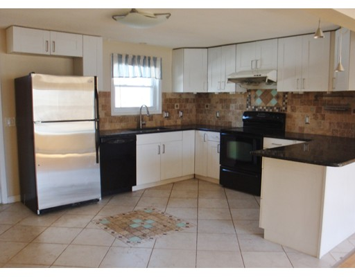 Additional photo for property listing at 31 California Avenue  Quincy, Massachusetts 02169 Estados Unidos