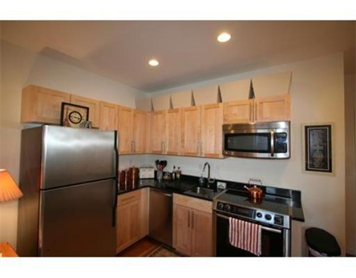 Casa Unifamiliar por un Alquiler en 483 Beacon Street Boston, Massachusetts 02115 Estados Unidos