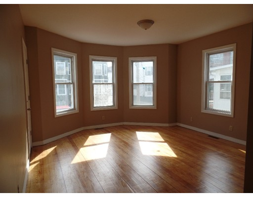 Additional photo for property listing at 179 Deane Street  New Bedford, 马萨诸塞州 02746 美国