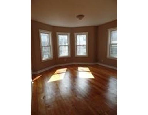 Casa Unifamiliar por un Alquiler en 179 Deane Street New Bedford, Massachusetts 02746 Estados Unidos