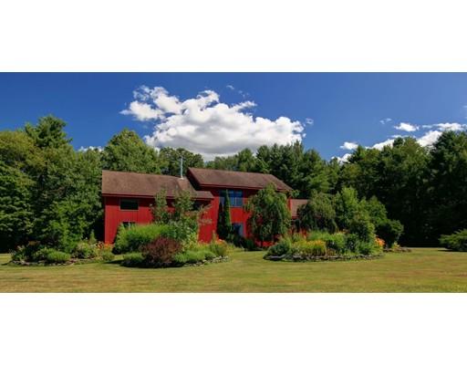 Maison unifamiliale pour l Vente à 128 Konkapot 128 Konkapot New Marlboro, Massachusetts 01230 États-Unis
