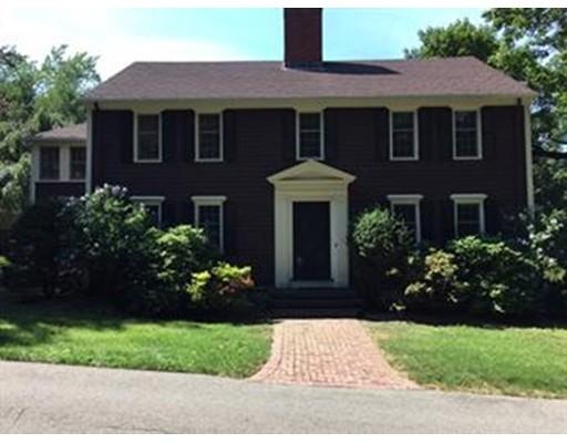 独户住宅 为 销售 在 391 Dedham Street 牛顿, 02459 美国