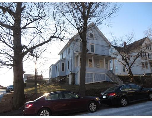 Casa Multifamiliar por un Venta en 42 Roberts Street Malden, Massachusetts 02148 Estados Unidos