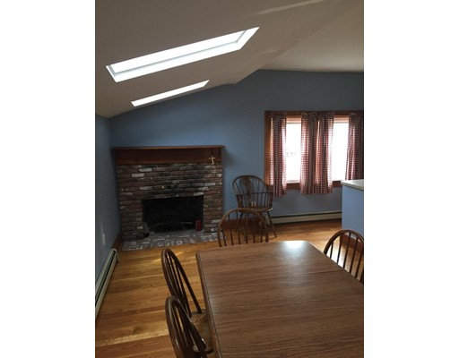 Single Family Home for Rent at 4 Bay View Place Boston, Massachusetts 02127 United States