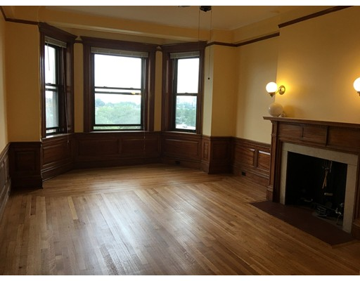 Single Family Home for Rent at 464 Commonwealth Avenue Boston, Massachusetts 02215 United States