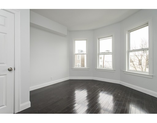 Additional photo for property listing at 218 W 6th Street  Boston, Massachusetts 02127 Estados Unidos