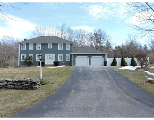 Single Family Home for Sale at 39 Fort Hill Road Oxford, Massachusetts 01540 United States
