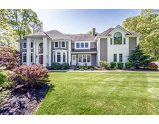Maison unifamiliale pour l Vente à 7 Comanche Place Andover, Massachusetts 01810 États-Unis