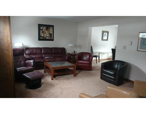 独户住宅 为 出租 在 19 Pleasant Street Chicopee, 01013 美国