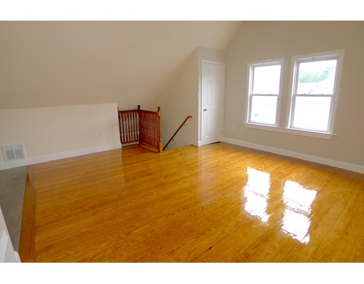Additional photo for property listing at 100 Lonsdale  Boston, Massachusetts 02124 United States
