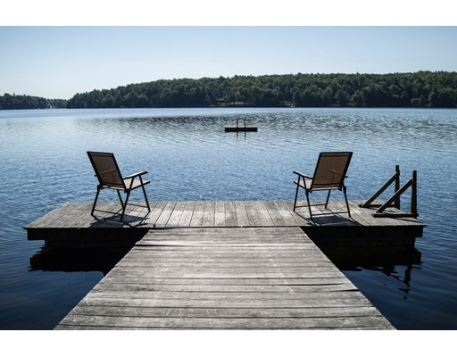 独户住宅 为 销售 在 543 North Trail Tolland, 马萨诸塞州 01034 美国