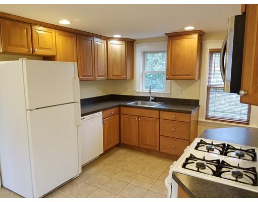独户住宅 为 出租 在 338 N Main Street 纳迪克, 马萨诸塞州 01760 美国