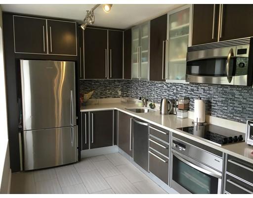 Casa Unifamiliar por un Alquiler en 1243 Beacon Brookline, Massachusetts 02446 Estados Unidos