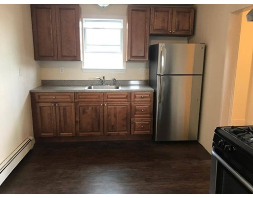 Additional photo for property listing at 58 Medford Street  Somerville, Massachusetts 02143 Estados Unidos