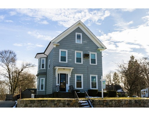 Casa Multifamiliar por un Venta en 605 Bridge Street Weymouth, Massachusetts 02191 Estados Unidos