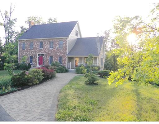 Частный односемейный дом для того Продажа на 3 Taryn Drive Danvers, Массачусетс 01923 Соединенные Штаты