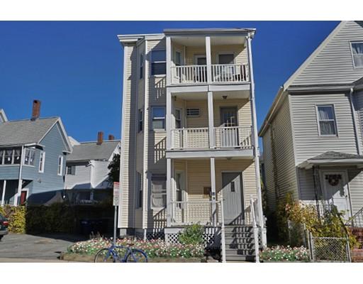 独户住宅 为 出租 在 8 Leon Street Somerville, 马萨诸塞州 02143 美国