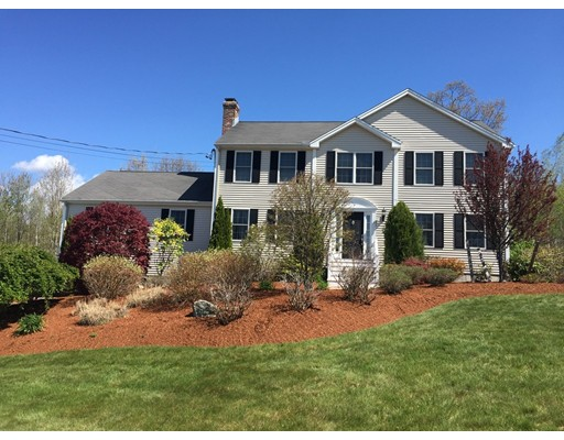 Casa Unifamiliar por un Venta en 5 Mike Circle Milford, Massachusetts 01757 Estados Unidos