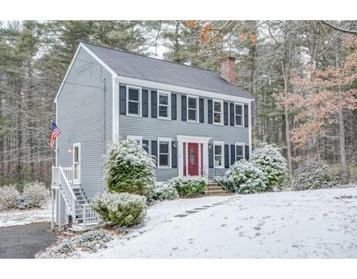 独户住宅 为 销售 在 30 Barker Hill Road Townsend, 01469 美国