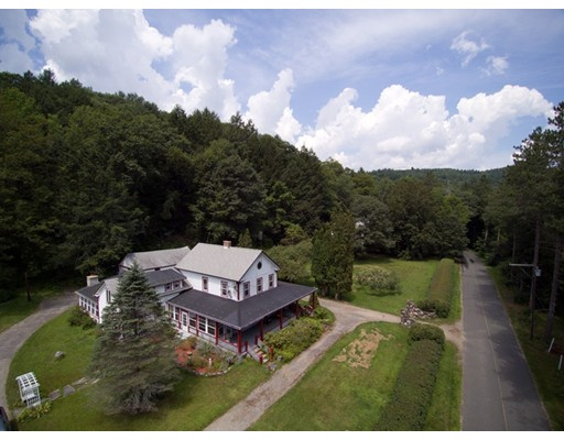 500 East River Road, Chester, MA 01011