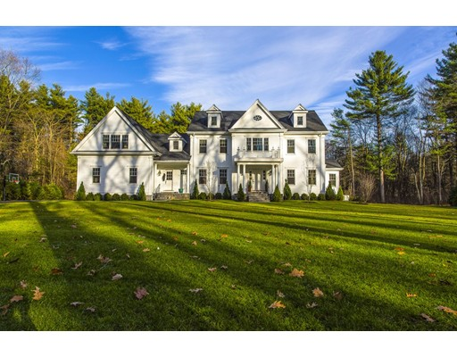 Casa Unifamiliar por un Venta en 145 Winding River Needham, Massachusetts 02492 Estados Unidos