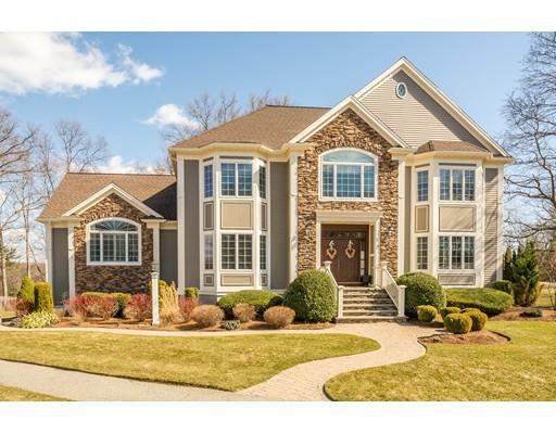 Maison unifamiliale pour l Vente à 3 ZACHARY LANE Reading, Massachusetts 01867 États-Unis