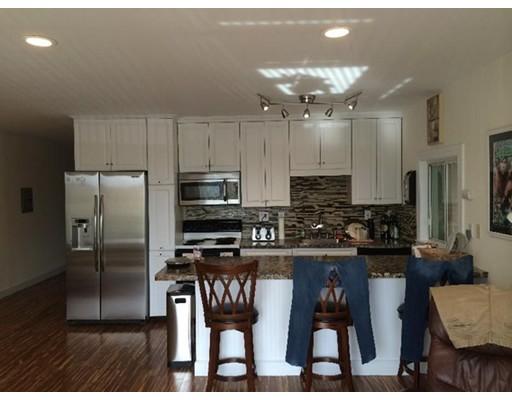 Casa Unifamiliar por un Alquiler en 386 East 8th Street Boston, Massachusetts 02127 Estados Unidos