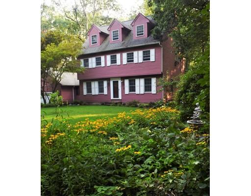 独户住宅 为 销售 在 98 South Road 佩波勒尔, 马萨诸塞州 01463 美国
