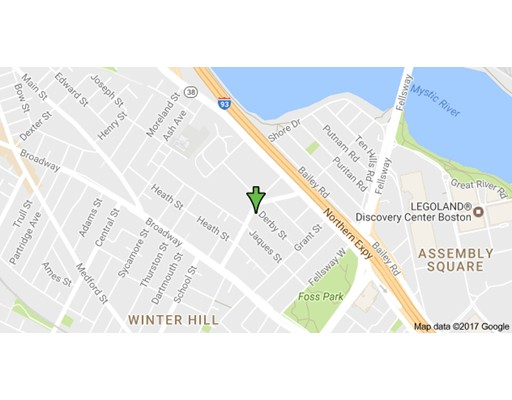 Casa Unifamiliar por un Alquiler en 67 Temple Street Somerville, Massachusetts 02145 Estados Unidos