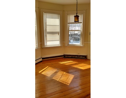 Additional photo for property listing at 19 burney  Boston, Massachusetts 02120 Estados Unidos
