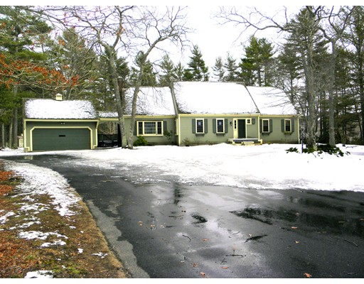 Single Family Home for Sale at 24 Rebecca Way Plympton, Massachusetts 02367 United States
