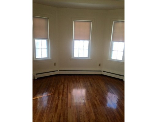 Additional photo for property listing at 156 Independence Avenue  Quincy, Massachusetts 02169 United States