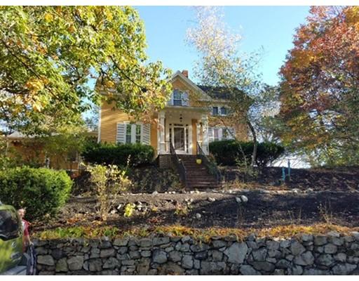 Maison unifamiliale pour l Vente à 39 Poplar Street Melrose, Massachusetts 02176 États-Unis