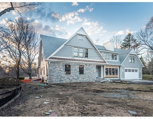 Single Family Home for Sale at 133 Holt Road Andover, Massachusetts 01810 United States
