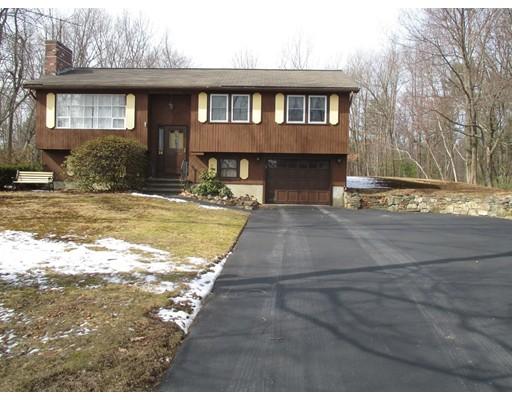Частный односемейный дом для того Продажа на 16 Sunset Drive Atkinson, Нью-Гэмпшир 03811 Соединенные Штаты