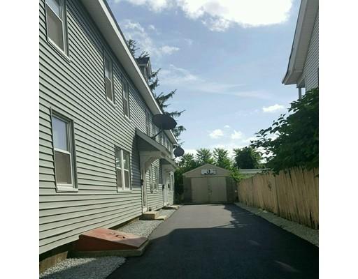 独户住宅 为 出租 在 110 Lakeview Avenue Lowell, 01850 美国