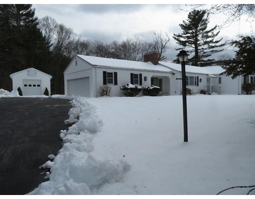 Частный односемейный дом для того Продажа на 420 Plain Street Stoughton, Массачусетс 02072 Соединенные Штаты