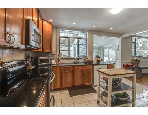 独户住宅 为 出租 在 106 JORDAN ROAD 布鲁克莱恩, 马萨诸塞州 02446 美国