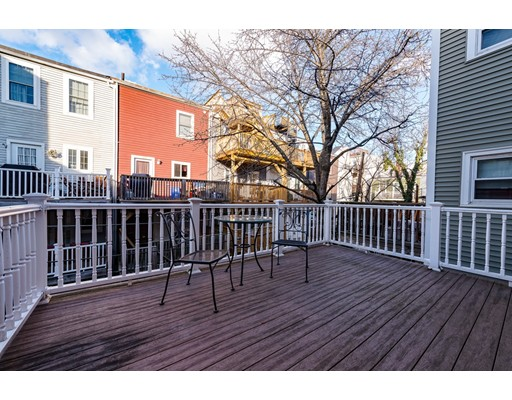 Additional photo for property listing at 474 E 7th Street  Boston, Massachusetts 02127 Estados Unidos