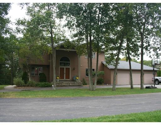 独户住宅 为 销售 在 116 Upper Gore Road Webster, 马萨诸塞州 01570 美国