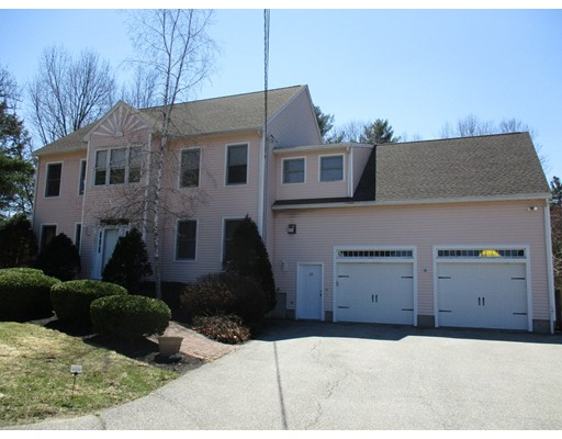 Single Family Home for Sale at 20 Tuxbury Road Plaistow, New Hampshire 03865 United States